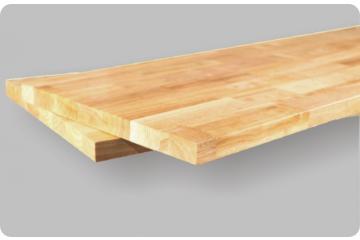 Solid wooden mesa